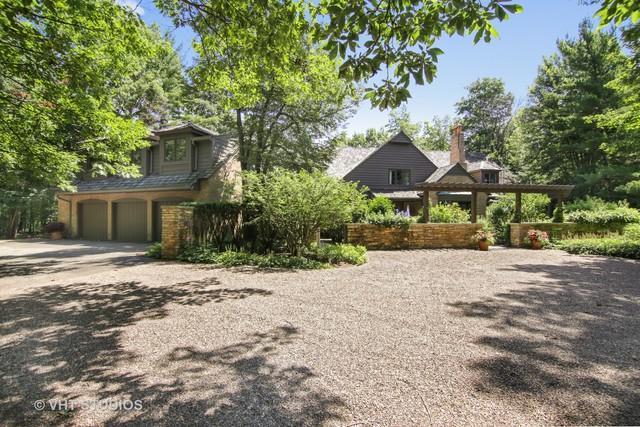 5 Bridlewood Road, Northbrook, IL 60062 (MLS #10352106) :: Helen Oliveri Real Estate