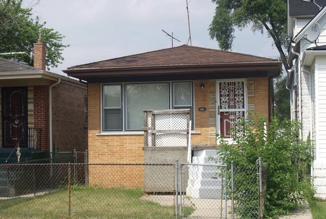 10204 S Emerald Avenue, Chicago, IL 60628 (MLS #10352134) :: Helen Oliveri Real Estate