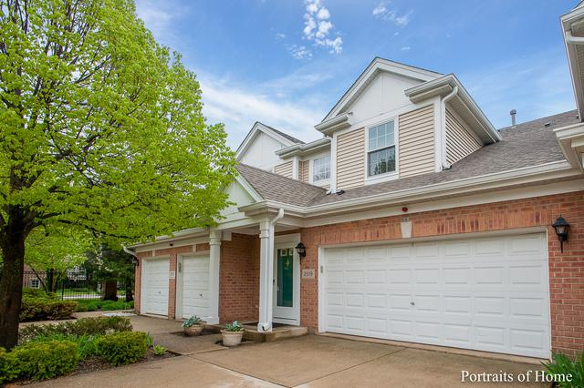 2519 Camberley Circle 2-811, Westchester, IL 60154 (MLS #10352136) :: Berkshire Hathaway HomeServices Snyder Real Estate