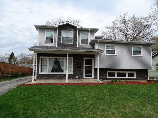 612 N Greenview Avenue, Mundelein, IL 60060 (MLS #10352162) :: Helen Oliveri Real Estate