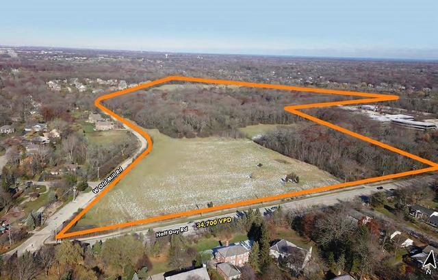 13526 W Il Route 22, Lincolnshire, IL 60069 (MLS #10352380) :: Helen Oliveri Real Estate