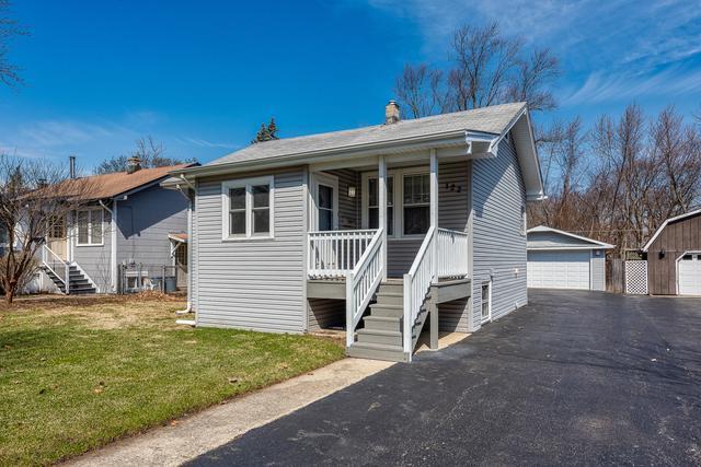 122 E Kenilworth Avenue, Villa Park, IL 60181 (MLS #10352420) :: Helen Oliveri Real Estate