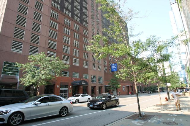 474 N Lake Shore Drive #5003, Chicago, IL 60611 (MLS #10352480) :: Berkshire Hathaway HomeServices Snyder Real Estate