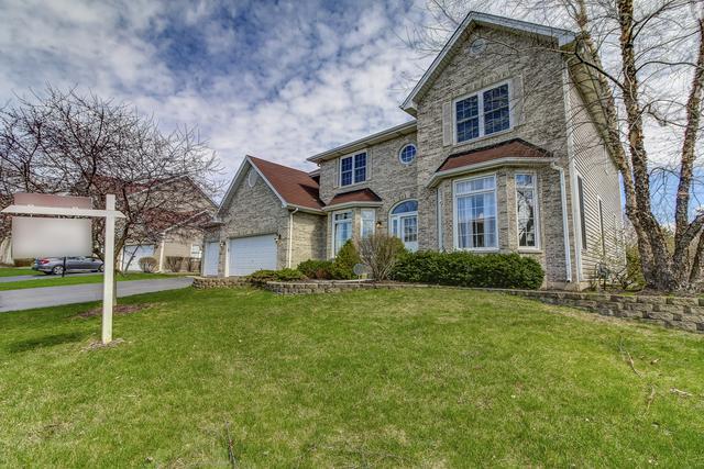 1185 Adler Lane, Carol Stream, IL 60188 (MLS #10352493) :: Jacqui Miller Homes