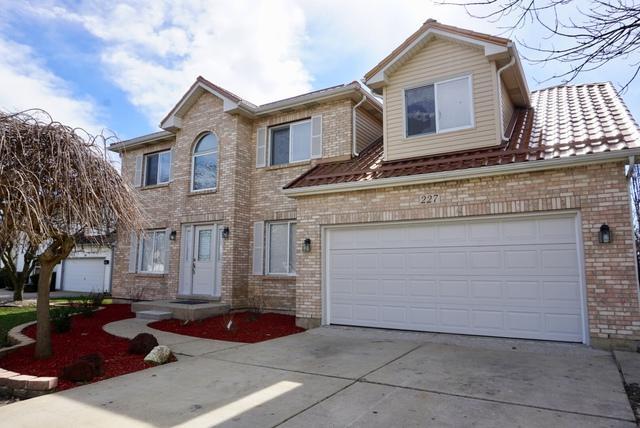227 N Vincent Drive, Bolingbrook, IL 60490 (MLS #10352506) :: The Dena Furlow Team - Keller Williams Realty
