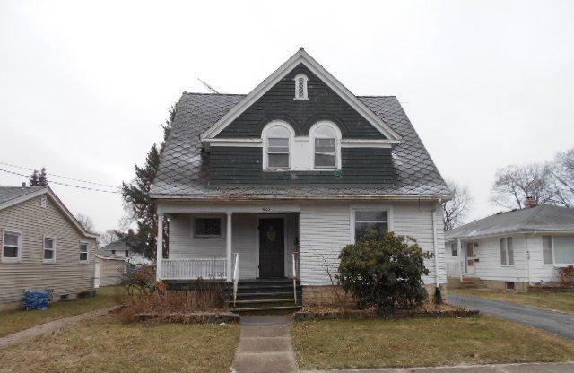 425 Morgan Street, Elgin, IL 60123 (MLS #10352856) :: Helen Oliveri Real Estate