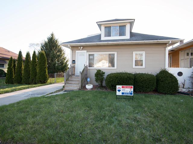15328 Ashland Avenue, Harvey, IL 60426 (MLS #10352951) :: Leigh Marcus | @properties