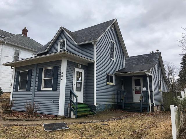 423 N 6th Street, Dekalb, IL 60115 (MLS #10352992) :: Helen Oliveri Real Estate