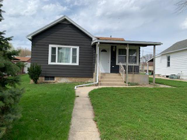 226 W Caroline Street, Spring Valley, IL 61362 (MLS #10353079) :: Leigh Marcus | @properties
