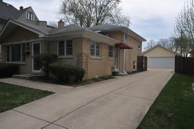215 8th Avenue, La Grange, IL 60525 (MLS #10353134) :: Helen Oliveri Real Estate