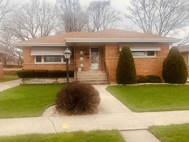 16552 Dobson Avenue, South Holland, IL 60473 (MLS #10353194) :: Helen Oliveri Real Estate