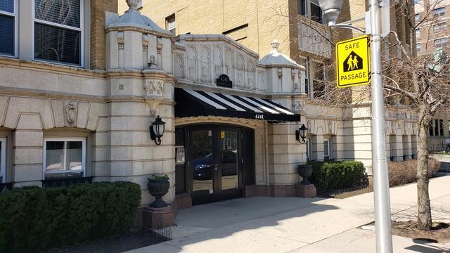 4240 N Clarendon Avenue 309S, Chicago, IL 60613 (MLS #10353219) :: John Lyons Real Estate