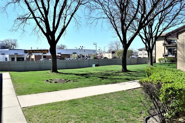 10524 S Keating Avenue #203, Oak Lawn, IL 60453 (MLS #10353302) :: The Wexler Group at Keller Williams Preferred Realty