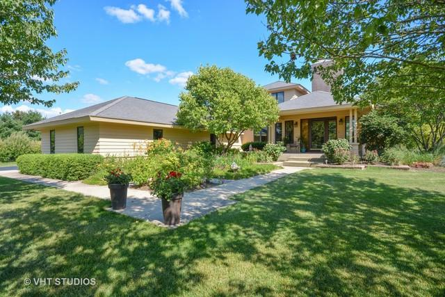 6N247 Prairie Valley Drive, St. Charles, IL 60175 (MLS #10353426) :: The Wexler Group at Keller Williams Preferred Realty