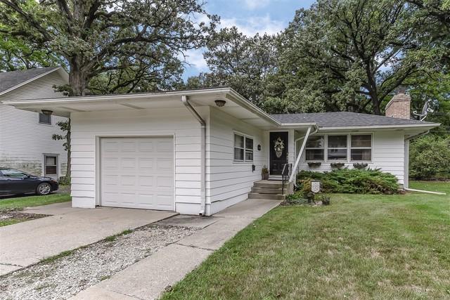 140 N Oak Avenue, Bartlett, IL 60103 (MLS #10353520) :: Leigh Marcus | @properties