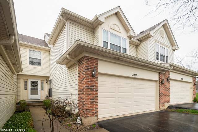 2252 Seaver Lane, Hoffman Estates, IL 60169 (MLS #10353657) :: Baz Realty Network | Keller Williams Elite
