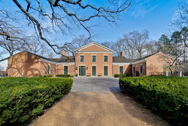 33 Stone Gate Lane, Lake Forest, IL 60045 (MLS #10353872) :: Helen Oliveri Real Estate