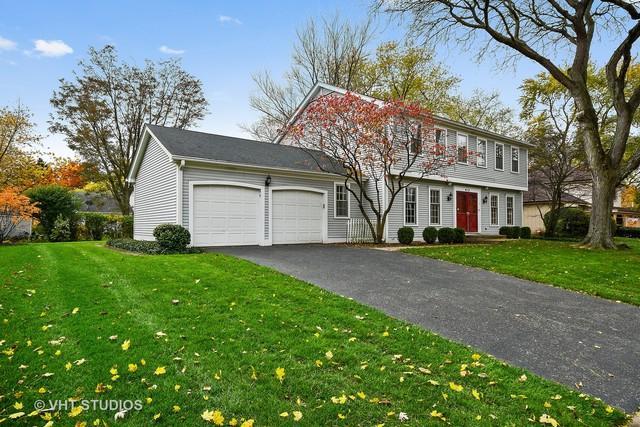 412 Tanglewood Lane, Naperville, IL 60563 (MLS #10354100) :: Helen Oliveri Real Estate