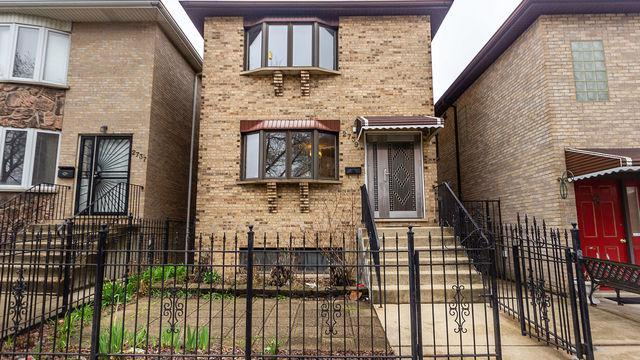 2739 S Quinn Street, Chicago, IL 60608 (MLS #10354164) :: Helen Oliveri Real Estate