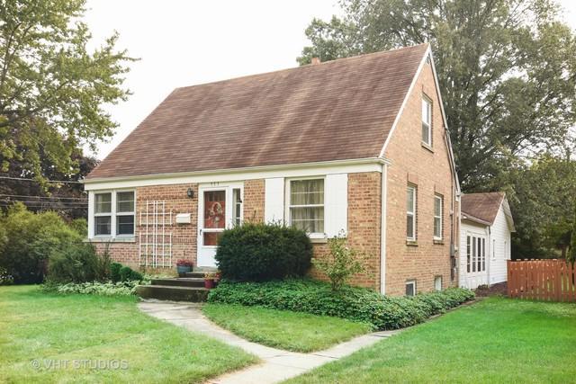 353 E Washington Street, Des Plaines, IL 60016 (MLS #10354168) :: Helen Oliveri Real Estate