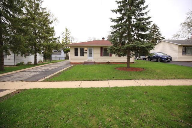 1741 Laurel Avenue, Hanover Park, IL 60133 (MLS #10354271) :: Helen Oliveri Real Estate