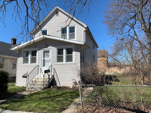 1312 16th Street, North Chicago, IL 60064 (MLS #10354364) :: Leigh Marcus | @properties