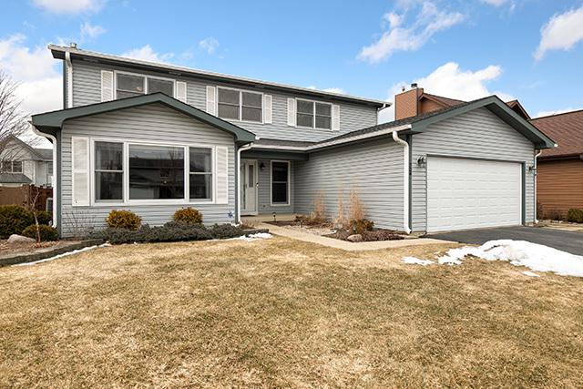 724 Eastchester Road, Wheeling, IL 60090 (MLS #10354510) :: Leigh Marcus | @properties