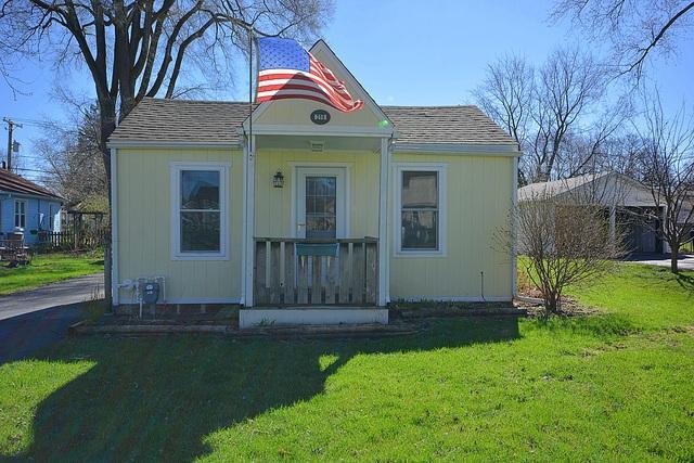 219 2nd Street, Elgin, IL 60123 (MLS #10354525) :: Leigh Marcus   @properties
