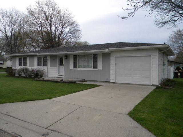 501 E 19th Street, Sterling, IL 61081 (MLS #10354681) :: Century 21 Affiliated