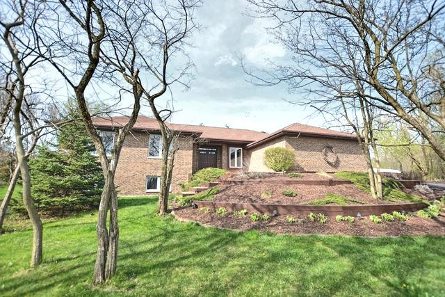 15 Valley View Drive, Lemont, IL 60439 (MLS #10354802) :: The Wexler Group at Keller Williams Preferred Realty