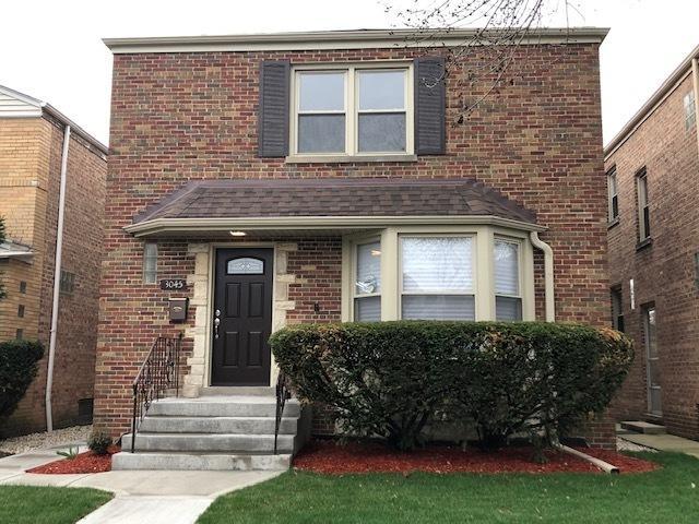 3045 W Fargo Avenue, Chicago, IL 60645 (MLS #10354900) :: Leigh Marcus | @properties