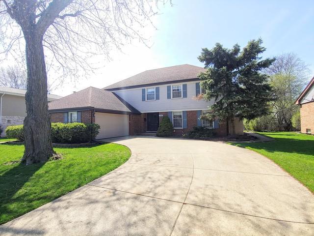 1610 Longmeadow Drive, Glenview, IL 60026 (MLS #10355022) :: Ryan Dallas Real Estate