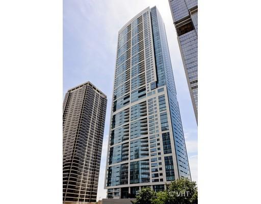 340 E Randolph Street #2406, Chicago, IL 60601 (MLS #10355378) :: Ryan Dallas Real Estate