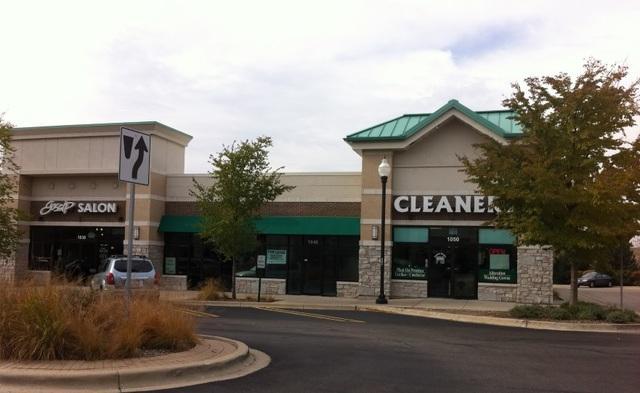 1021 Fountain View Drive, Carol Stream, IL 60188 (MLS #10355391) :: Leigh Marcus | @properties