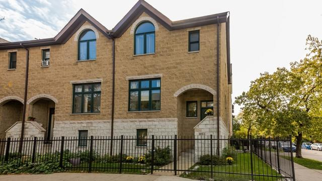 1125 E Hyde Park Boulevard A, Chicago, IL 60615 (MLS #10355844) :: Leigh Marcus | @properties