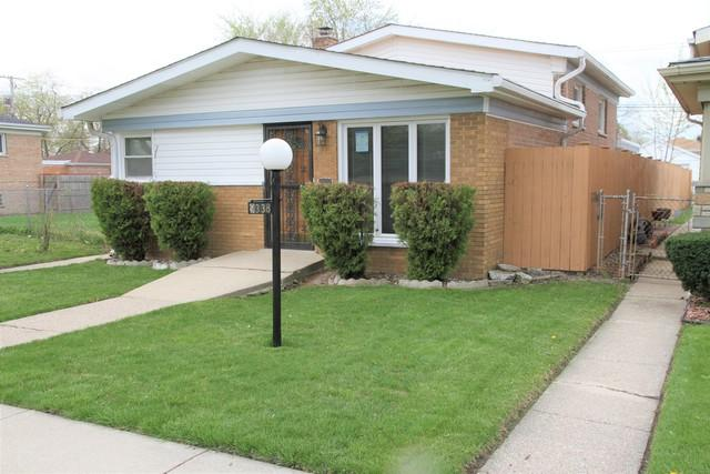 9338 S Lowe Avenue, Chicago, IL 60620 (MLS #10355923) :: Leigh Marcus | @properties