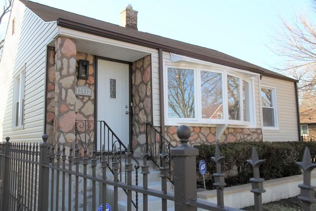 12412 S Wentworth Avenue, Chicago, IL 60628 (MLS #10355931) :: Leigh Marcus | @properties