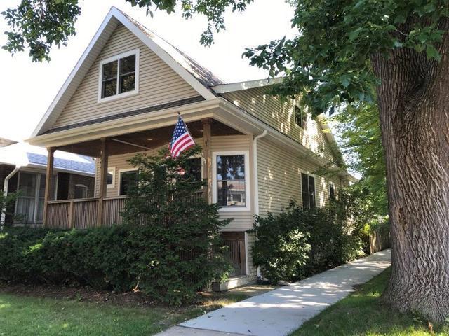 4701 N Laramie Avenue, Chicago, IL 60630 (MLS #10356013) :: Helen Oliveri Real Estate