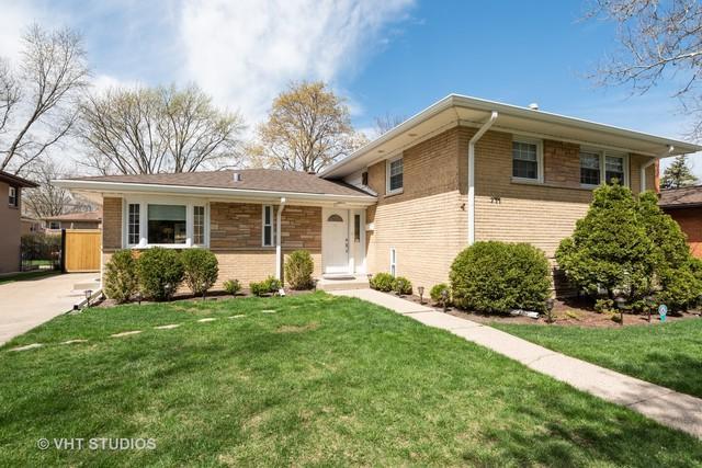 711 Lacrosse Avenue, Wilmette, IL 60091 (MLS #10356106) :: Leigh Marcus | @properties
