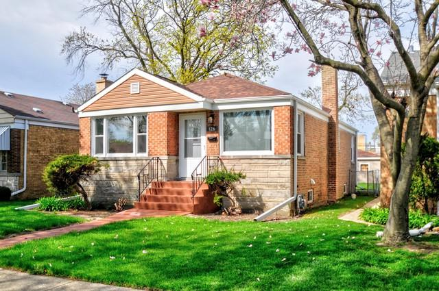 126 Frederick Avenue, Bellwood, IL 60104 (MLS #10356175) :: Leigh Marcus | @properties