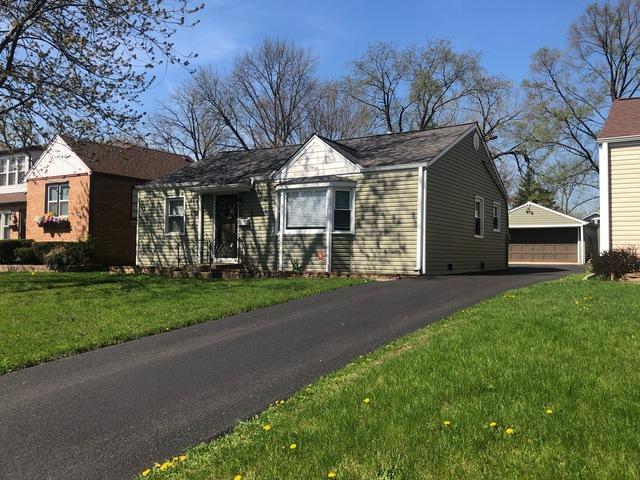224 N Princeton Avenue, Villa Park, IL 60181 (MLS #10356214) :: Leigh Marcus | @properties