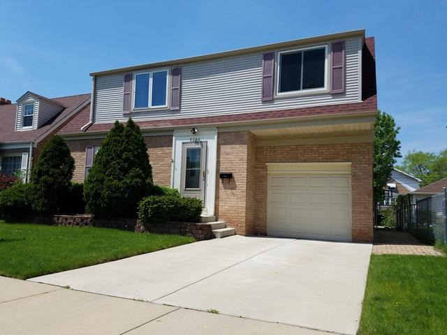 8244 N Olcott Avenue, Niles, IL 60714 (MLS #10356314) :: Leigh Marcus | @properties