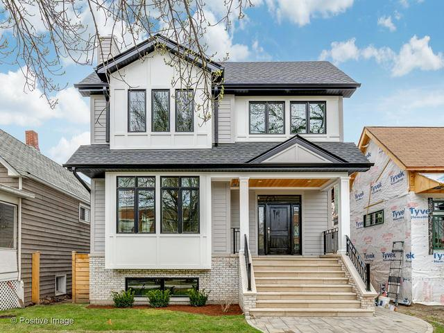 1927 W Oakdale Avenue, Chicago, IL 60657 (MLS #10356622) :: Helen Oliveri Real Estate