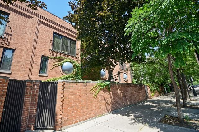 1300 N Lasalle Street C, Chicago, IL 60610 (MLS #10356627) :: Leigh Marcus | @properties