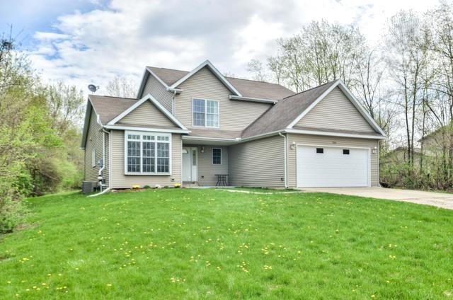 786 Kickapoo Drive, Danvers, IL 61732 (MLS #10356634) :: Berkshire Hathaway HomeServices Snyder Real Estate