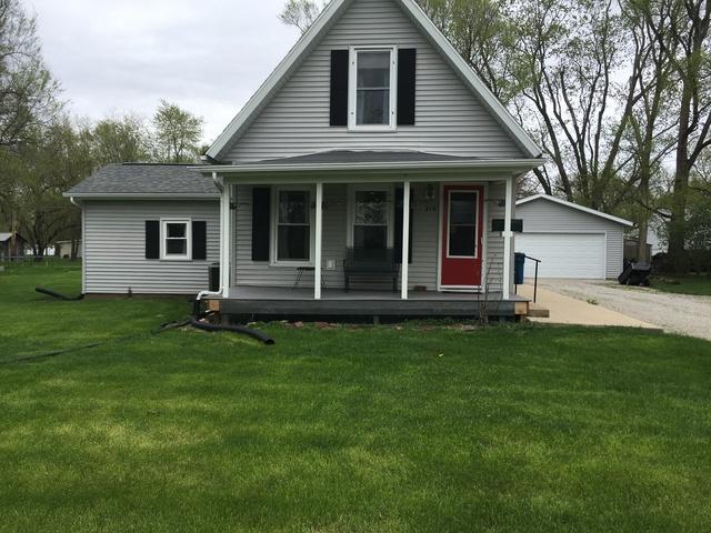 310 N 1st Avenue, Chenoa, IL 61726 (MLS #10356948) :: Helen Oliveri Real Estate