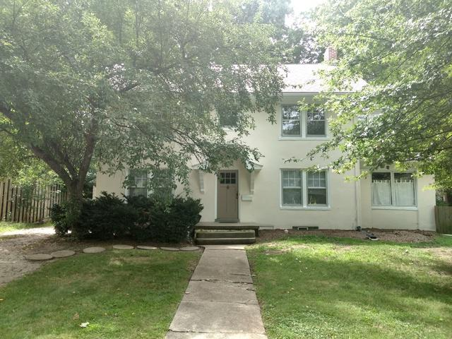 811 W Michigan Avenue, Urbana, IL 61801 (MLS #10357005) :: Helen Oliveri Real Estate