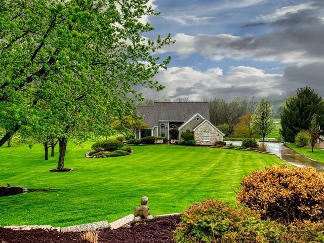 2843 Augusta Court, El Paso, IL 61738 (MLS #10357190) :: Berkshire Hathaway HomeServices Snyder Real Estate