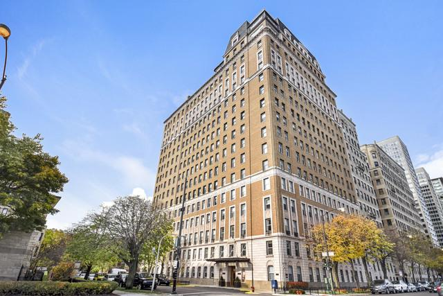 3500 N Lake Shore Drive 14C, Chicago, IL 60657 (MLS #10357269) :: Helen Oliveri Real Estate