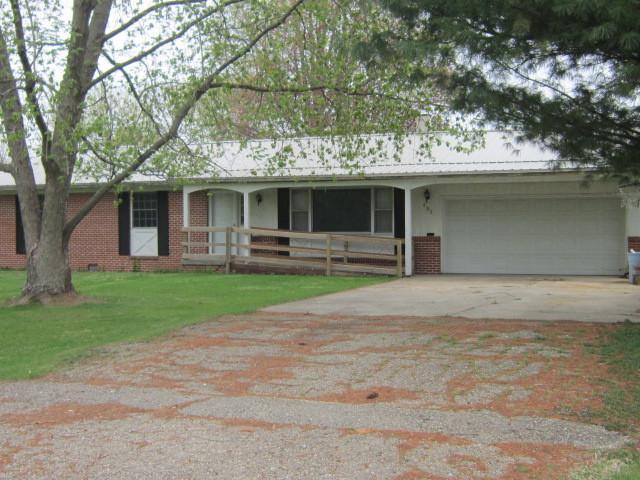 603 N Main Avenue, MINIER, IL 61759 (MLS #10357298) :: Helen Oliveri Real Estate